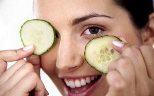 درمان سیاهی دور چشم بصورت ارگانیک با مواد طبیعی